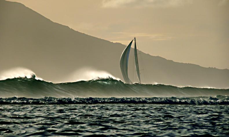 CC12 by Whitt Birnie. Surf, sail, Moorea