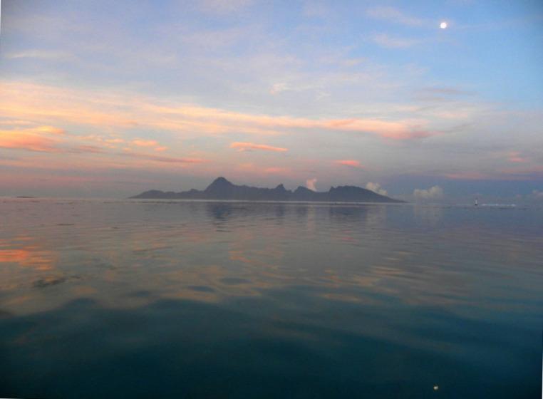 Tahiti lagoon, Moorea Island in December (summer).