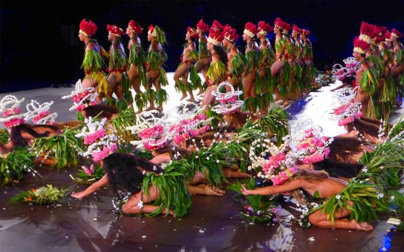 WhittBirnie Heiva I Tahiti H2